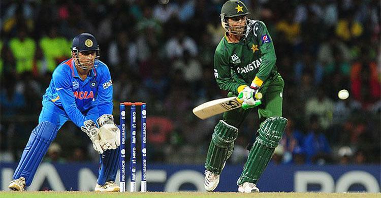 ভারতের বিপক্ষে টস জিতে ব্যাটিংয়ে পাকিস্তান