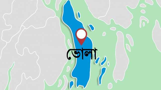 ভোলা-লক্ষ্মীপুর নৌরুটে ভোগান্তি