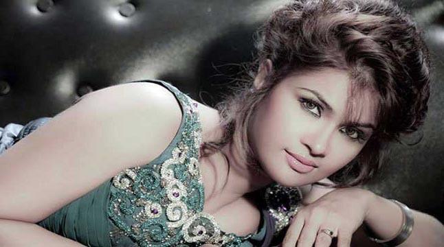 বিয়ের সেঞ্চুরি করবেন সিমলা!