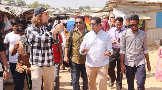 তরুণদের নিয়ে সাংসদ নাহিম রাজ্জাকের রোহিঙ্গা ক্যাম্প ভিজিট