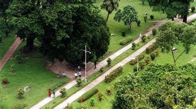 থমকে আছে রাজধানীর মাঠ-পার্কের উন্নয়ন