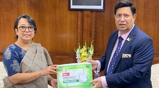 করোনা: বাংলাদেশকে 'মেডিক্যাল ইক্যুপমেন্ট' দিলো ভারত