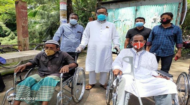 কোম্পানীগঞ্জে প্রতিবন্ধীদের মাঝে হুইল চেয়ার বিতরণ