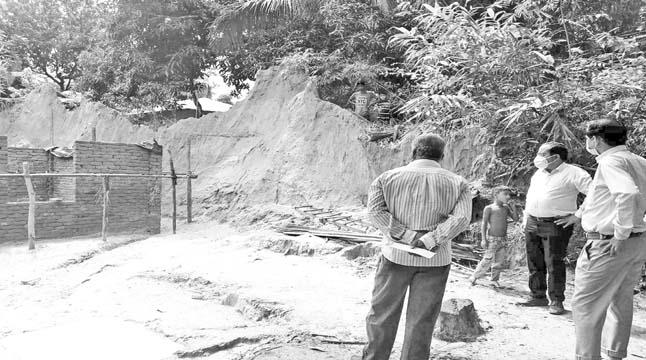 উখিয়ায় ভূমিদস্যুদের দখলে পাহাড়, নিস্ক্রিয় বন বিভাগ
