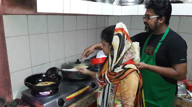 বান্দরবানে বাহারি ইফতার