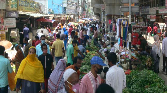কুমিল্লায় স্বাস্থ্যবিধি মানছে না কেউ