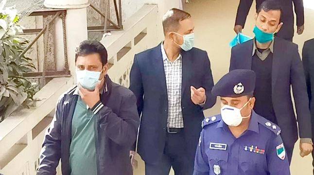 'দুর্ব্যবহারের' ঘটনায় ব্যাখ্যা দিতে কুষ্টিয়ার এসপি হাইকোর্টে