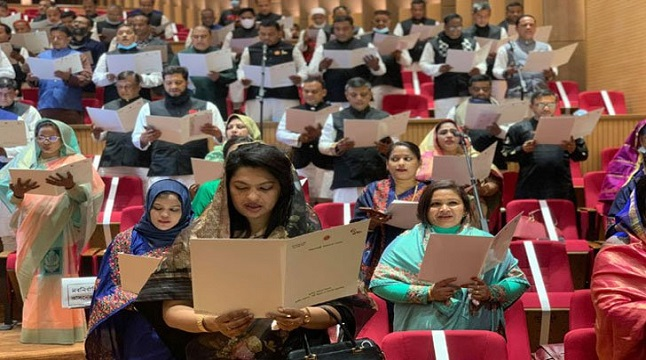 চট্টগ্রামের নতুন মেয়র ও কাউন্সিলরদের শপথ