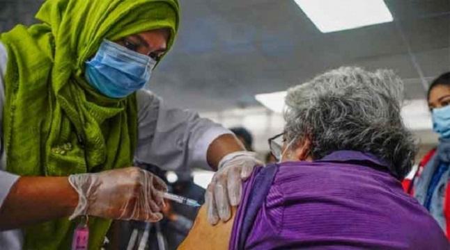 করোনা ভ্যাকসিন: প্রবীণদের জন্য অন-স্পট রেজিস্ট্রেশন