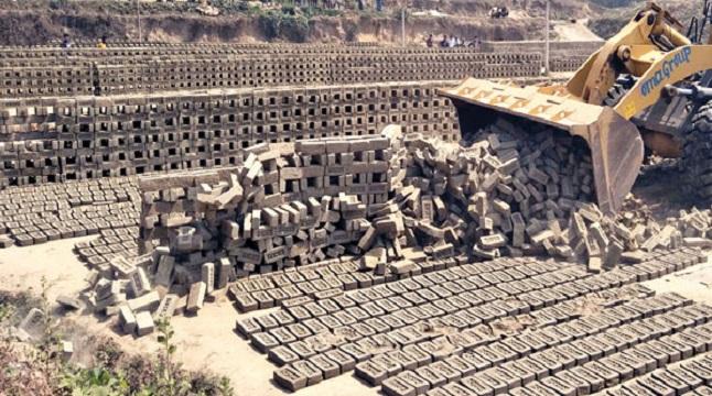 মিরসরাইয়ের ১৪ ব্রিকফিল্ড আন্দোলন, স্থবির উন্নয়ন কার্যক্রম