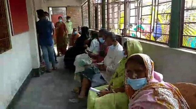 সুন্দরগঞ্জে শিউস'র ফ্রি চিকিৎসা ক্যাম্প