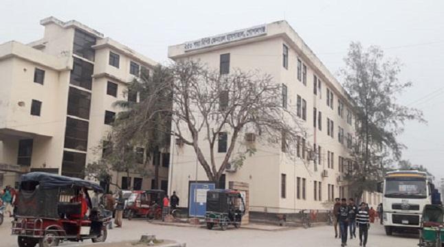 গোপালগঞ্জ জেনারেল হাসপাতালে রোগীদের চরম ভোগান্তি