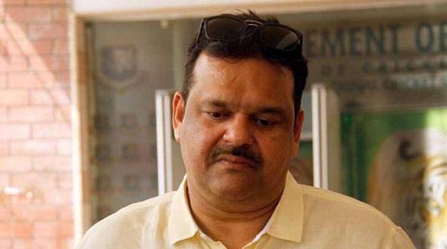 করোনায় আক্রান্ত আকরাম খান