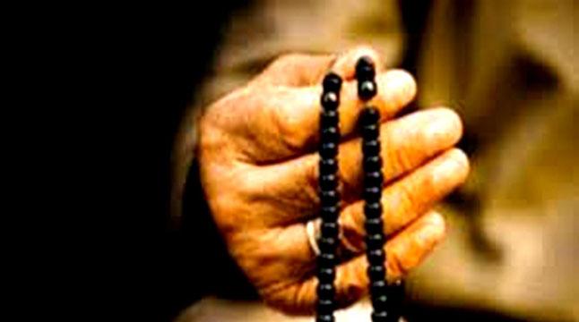 সম্মান দেওয়ার মালিক আল্লাহ