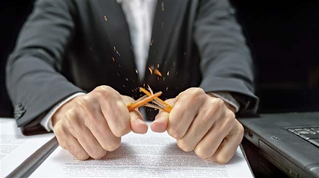 ক্রোধান্বিত ব্যক্তির সঙ্গে আচরণ কেমন হওয়া উচিত?