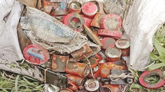 অভয়নগরে মিলল বোমা তৈরির বিপুল উপকরণ